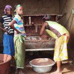 100% surovo karitejevo maslo- pravična trgovina